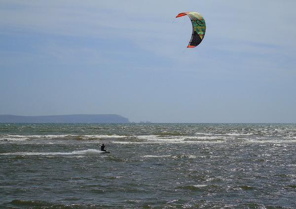 wakacyjny obóz kitesurfingowy młodzieżowy