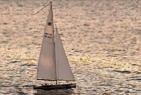 popularny czarter jachtu bez uprawnień na mazurach