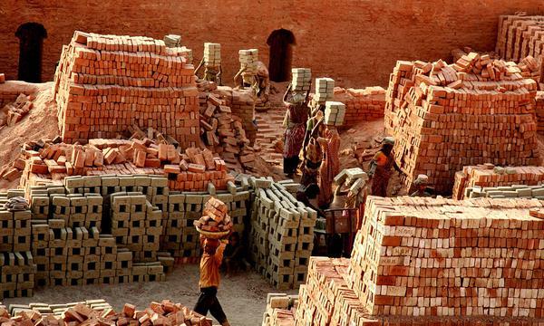 pracownik z bangladeszu