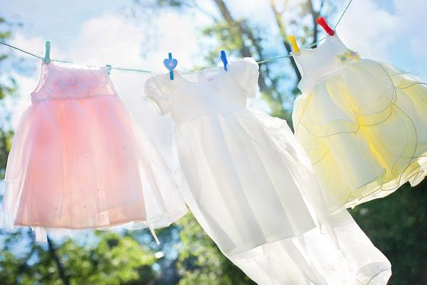 wygodne sukienki wizytowe dla dzieci