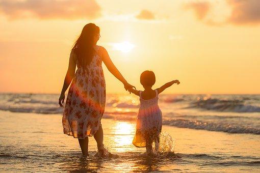 niezapomniane wakacje nad morzem z dzieckiem