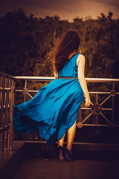 sukienki wizytowe dla puszystych pań